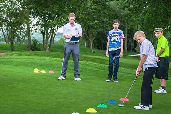 Golf putting lesson