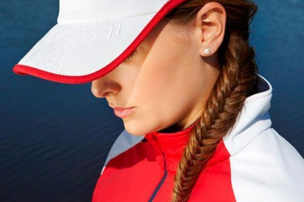 Woman in red and white golf clothes